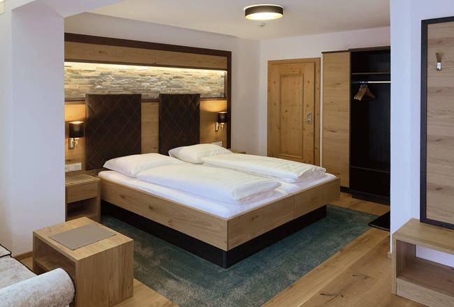 Double Room Comfort contemporary style (with balcony)